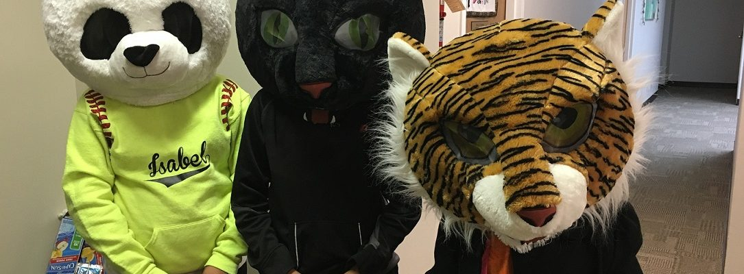 Photo: Trunk or Treat Participants in Costume